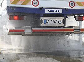 Stark Reinigungsgeräte GmbH - Portalwaschanlage Unterbodenwäsche